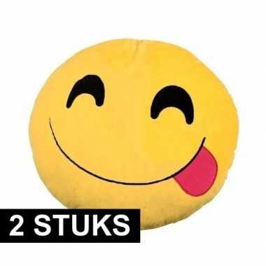 2x emoticons sierkussens lachend met tong30 cm