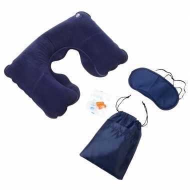 2x reissets met nekkussen/slaapmasker 4-delig blauw