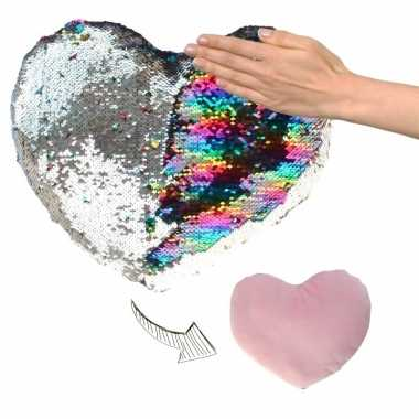 Woondecoratie hartjes kussens zilver/roze metallic met pailletten 50